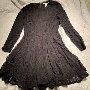 H&M black lace long sleeve dress size 8